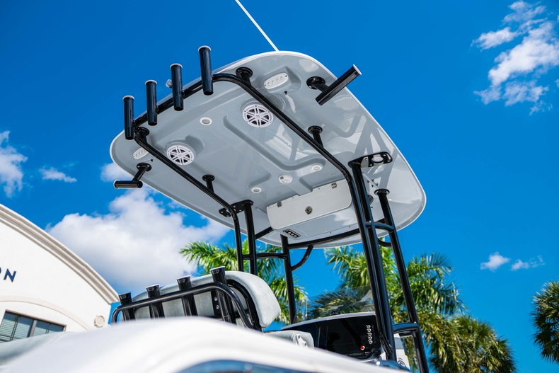 Thumbnail 8 for New 2019 Sportsman Open 212 Center Console boat for sale in West Palm Beach, FL