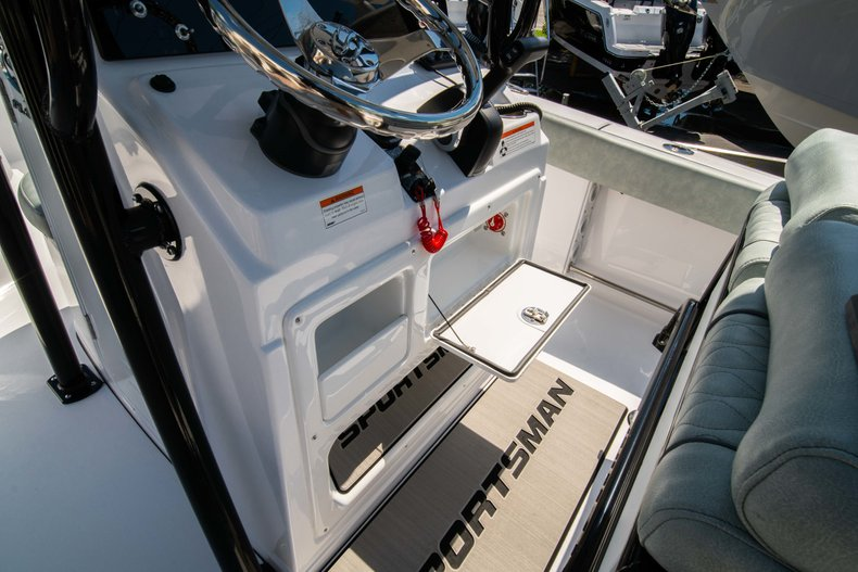 Thumbnail 18 for New 2019 Sportsman Open 212 Center Console boat for sale in West Palm Beach, FL