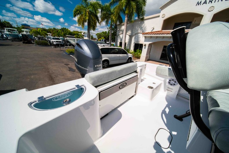 Thumbnail 9 for New 2019 Sportsman Open 212 Center Console boat for sale in West Palm Beach, FL