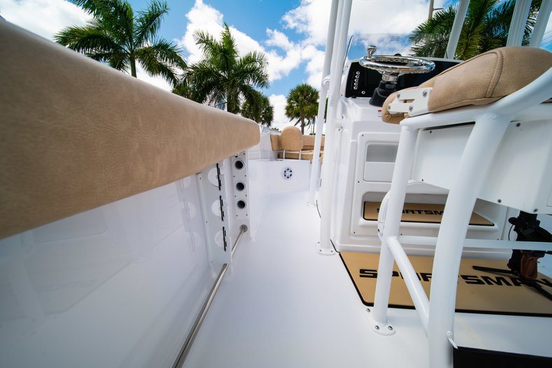 Thumbnail 12 for New 2019 Sportsman Open 232 Center Console boat for sale in West Palm Beach, FL