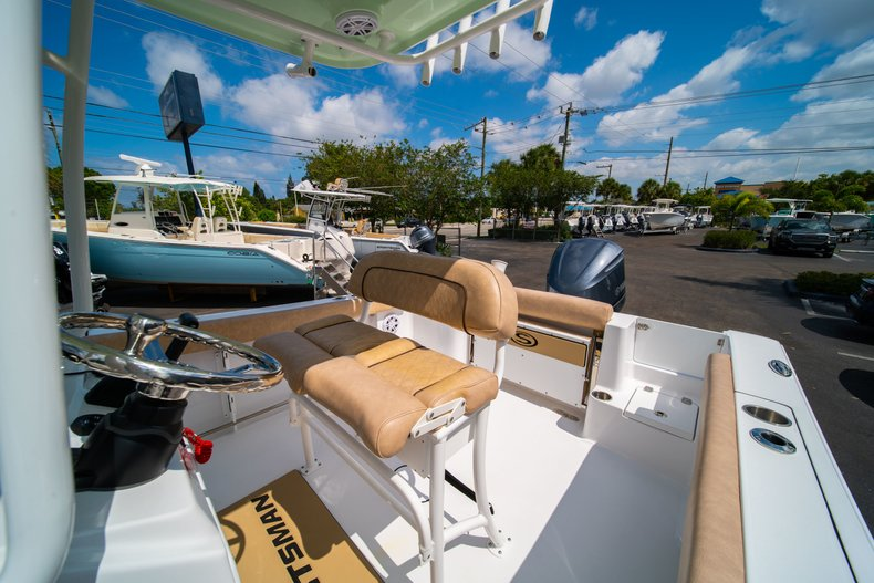 Thumbnail 30 for New 2019 Sportsman Open 232 Center Console boat for sale in West Palm Beach, FL