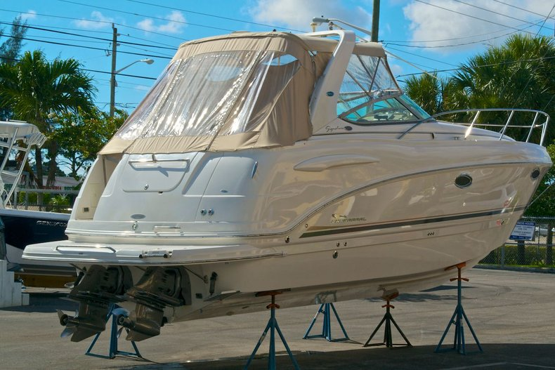 Used 2003 Chaparral 280 Signature Cruiser boat for sale in West Palm