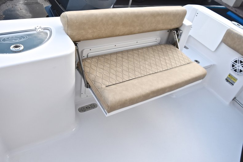Image 15 for 2019 Sportsman Open 232 Center Console in West Palm Beach, FL