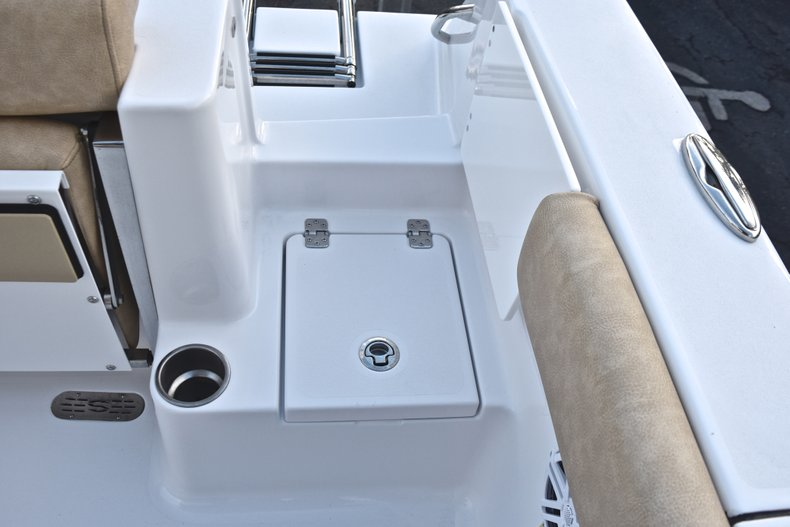 Image 16 for 2019 Sportsman Open 232 Center Console in West Palm Beach, FL