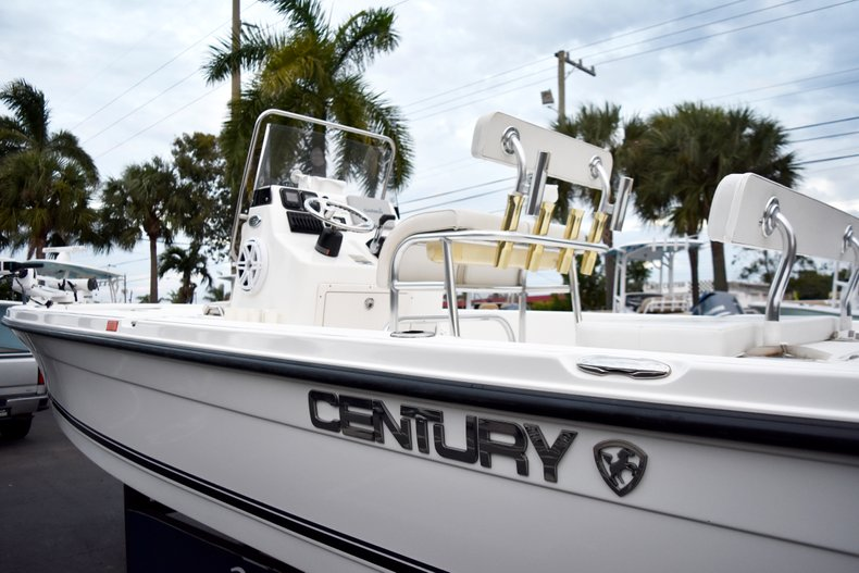 Thumbnail 9 for Used 2010 Century 2202 Bay Boat boat for sale in West Palm Beach, FL