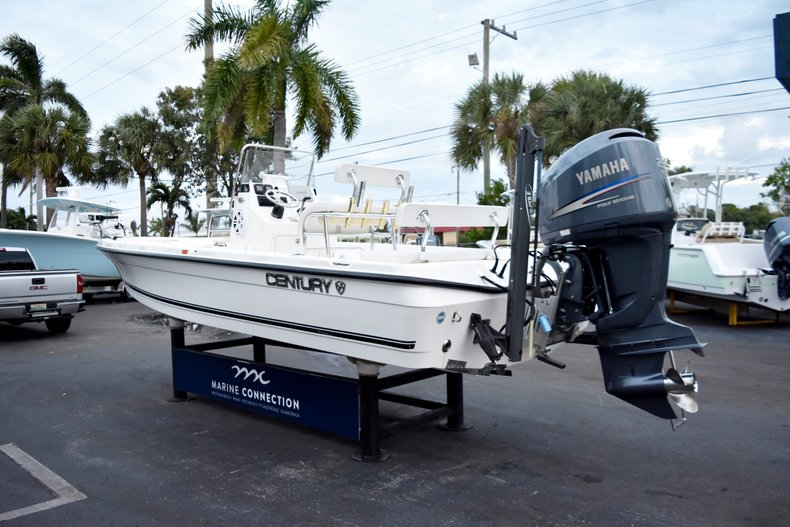 Thumbnail 5 for Used 2010 Century 2202 Bay Boat boat for sale in West Palm Beach, FL