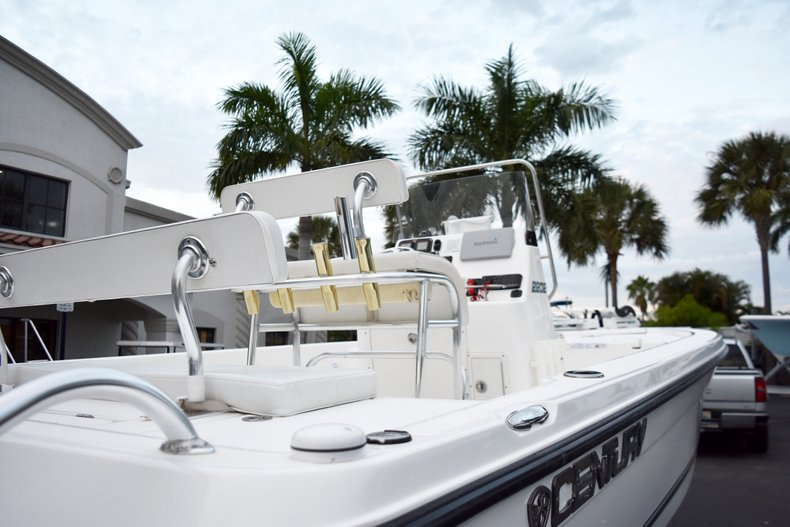 Image 8 for 2010 Century 2202 Bay Boat in West Palm Beach, FL