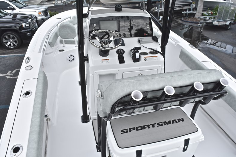 Image 10 for 2019 Sportsman Open 212 Center Console in West Palm Beach, FL