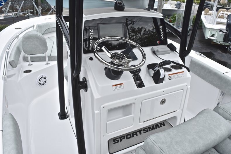 Image 25 for 2019 Sportsman Open 212 Center Console in Miami, FL
