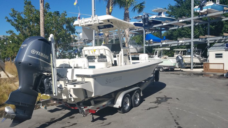 Thumbnail 2 for Used 2015 Shearwater 26 Carolina Bay Boat boat for sale in Islamorada, FL