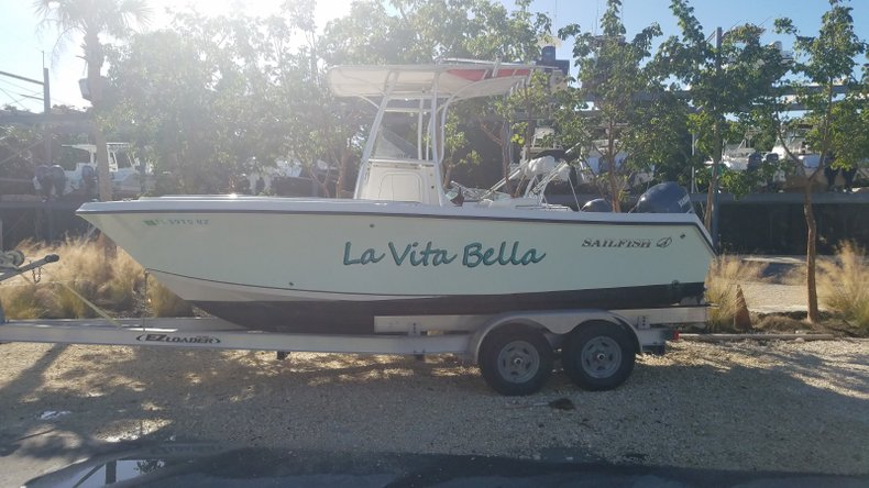 Used 2009 Sailfish 218 Center Console boat for sale in Islamorada, FL