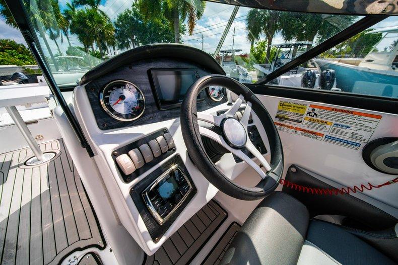 Thumbnail 18 for New 2019 Hurricane SunDeck SD 2486 OB boat for sale in Vero Beach, FL