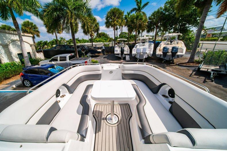 Thumbnail 30 for New 2019 Hurricane SunDeck SD 2486 OB boat for sale in Vero Beach, FL