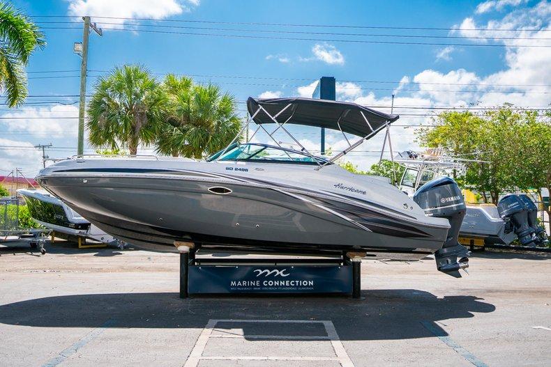 Thumbnail 4 for New 2019 Hurricane SunDeck SD 2486 OB boat for sale in Vero Beach, FL