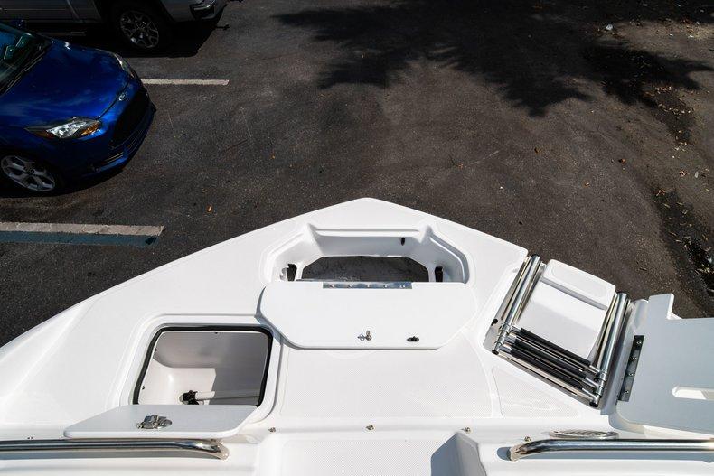 Thumbnail 35 for New 2019 Hurricane SunDeck SD 2486 OB boat for sale in Vero Beach, FL