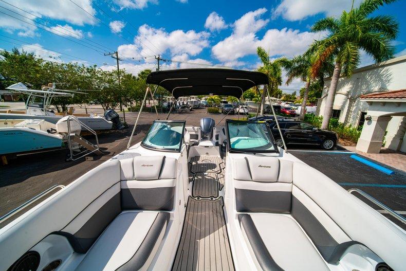 Thumbnail 36 for New 2019 Hurricane SunDeck SD 2486 OB boat for sale in Vero Beach, FL
