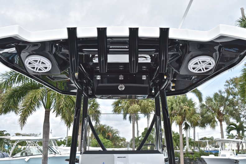 Image 26 for 2019 Blackfin 242CC Center Console in West Palm Beach, FL