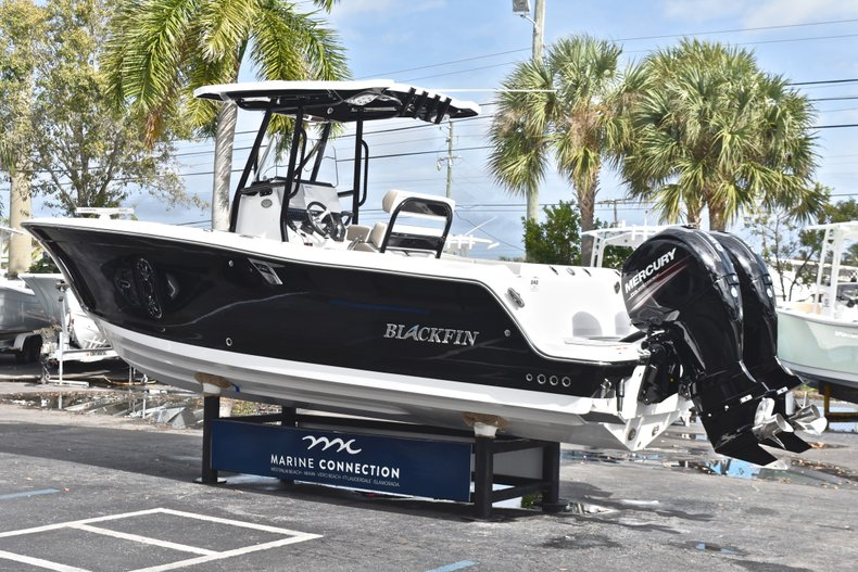 Image 5 for 2019 Blackfin 242CC Center Console in West Palm Beach, FL
