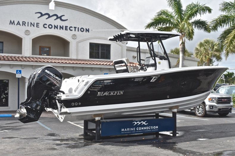 Image 7 for 2019 Blackfin 242CC Center Console in West Palm Beach, FL