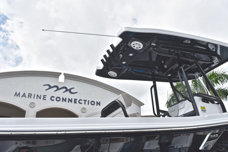 Image 8 for 2019 Blackfin 242CC Center Console in West Palm Beach, FL