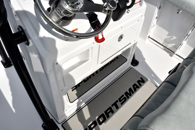 Thumbnail 47 for New 2019 Sportsman Open 232 Center Console boat for sale in West Palm Beach, FL