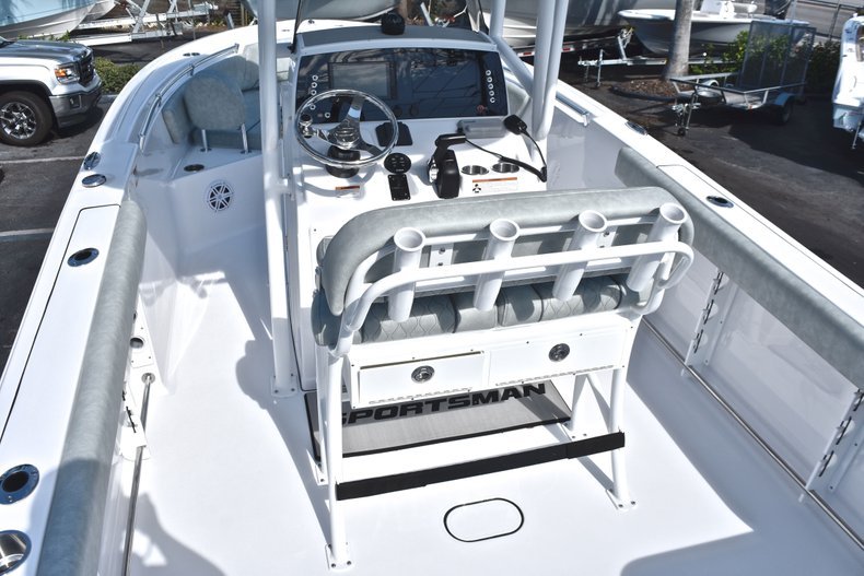 Thumbnail 8 for New 2019 Sportsman Open 232 Center Console boat for sale in Miami, FL