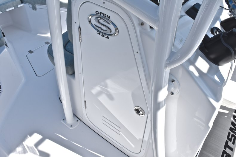 Thumbnail 39 for New 2019 Sportsman Open 232 Center Console boat for sale in Miami, FL