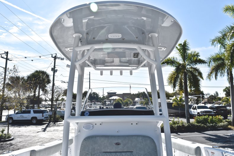 Thumbnail 54 for New 2019 Sportsman Open 232 Center Console boat for sale in Miami, FL