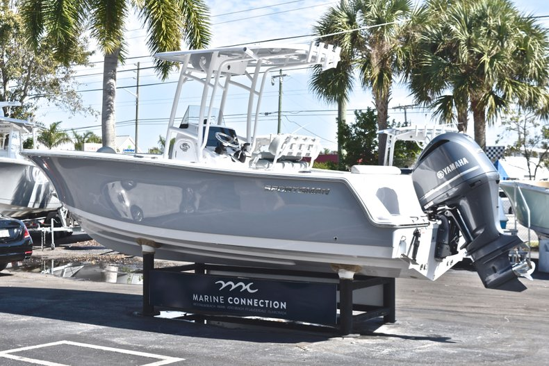 Thumbnail 5 for New 2019 Sportsman Open 232 Center Console boat for sale in Miami, FL