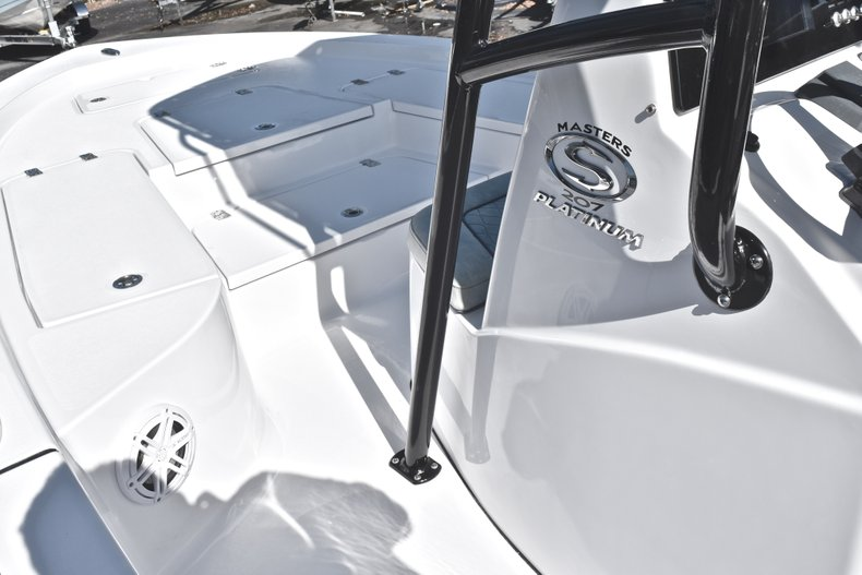 Thumbnail 42 for New 2019 Sportsman Masters 207 Bay Boat boat for sale in West Palm Beach, FL