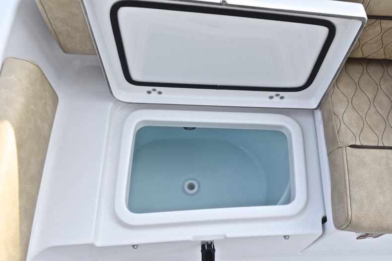 Image 13 for 2019 Sportsman Heritage 211 Center Console in West Palm Beach, FL