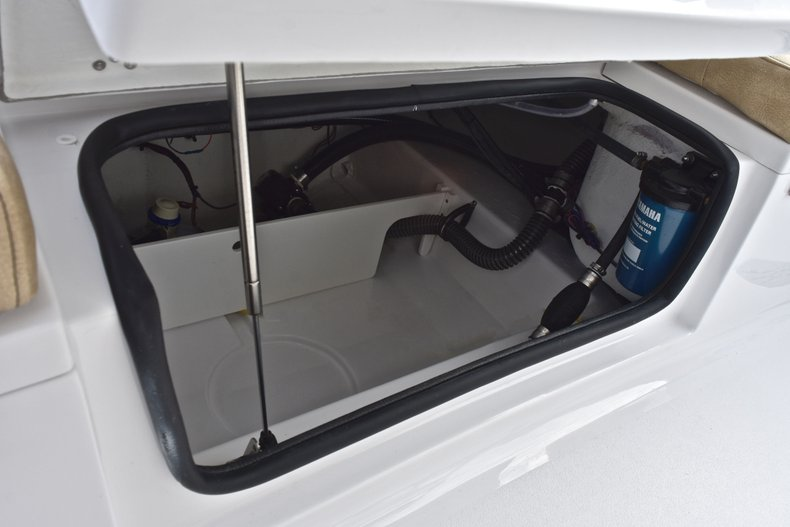 Image 15 for 2019 Sportsman Heritage 211 Center Console in West Palm Beach, FL