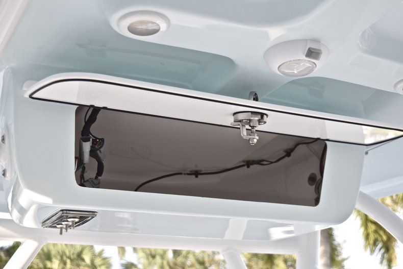 Image 25 for 2019 Sportsman Heritage 211 Center Console in West Palm Beach, FL