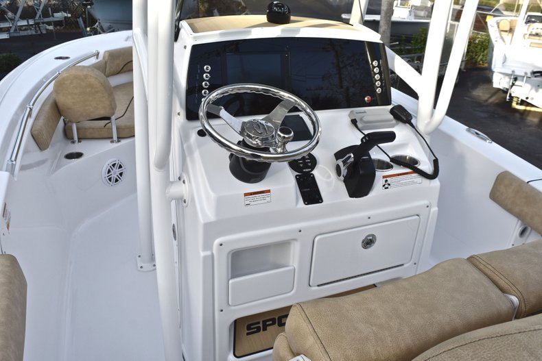 Thumbnail 26 for New 2019 Sportsman Heritage 211 Center Console boat for sale in West Palm Beach, FL