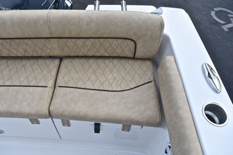 Thumbnail 16 for New 2019 Sportsman Heritage 211 Center Console boat for sale in West Palm Beach, FL