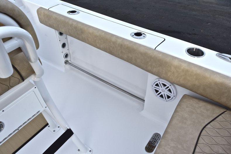 Image 18 for 2019 Sportsman Heritage 211 Center Console in West Palm Beach, FL