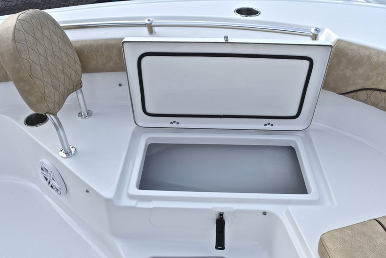 Thumbnail 49 for New 2019 Sportsman Heritage 211 Center Console boat for sale in West Palm Beach, FL