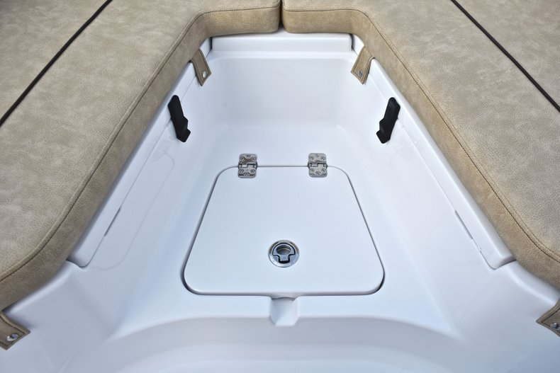 Image 50 for 2019 Sportsman Heritage 211 Center Console in West Palm Beach, FL