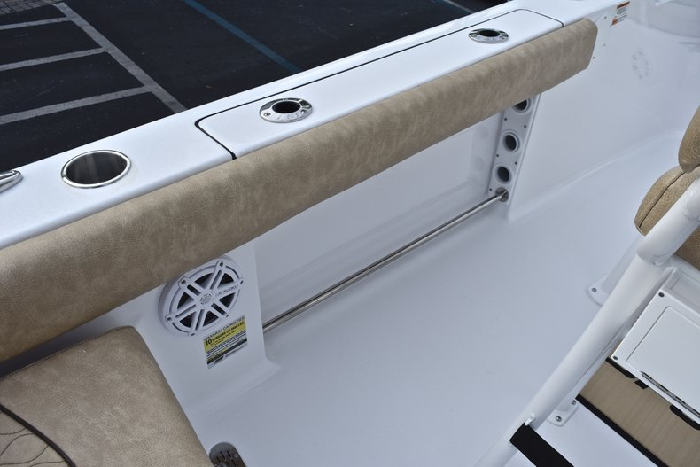 Image 19 for 2019 Sportsman Heritage 211 Center Console in West Palm Beach, FL