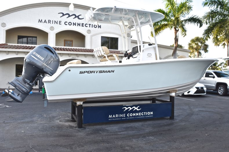 Image 7 for 2019 Sportsman Heritage 211 Center Console in West Palm Beach, FL