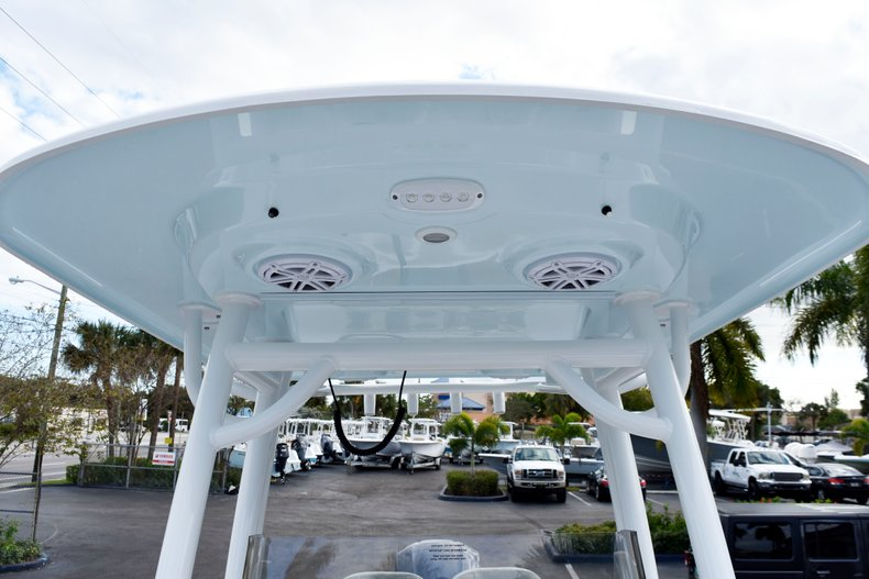 Thumbnail 55 for New 2019 Sportsman Heritage 241 Center Console boat for sale in West Palm Beach, FL