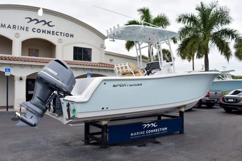 Thumbnail 7 for New 2019 Sportsman Open 232 Center Console boat for sale in West Palm Beach, FL