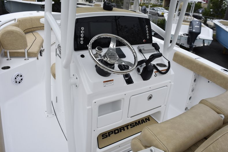 Thumbnail 25 for New 2019 Sportsman Open 232 Center Console boat for sale in West Palm Beach, FL