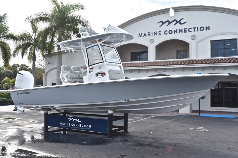 Thumbnail 1 for New 2019 Sportsman Masters 267 Bay Boat boat for sale in West Palm Beach, FL