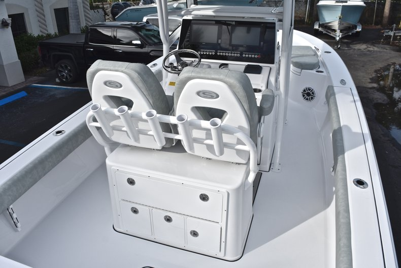 Thumbnail 10 for New 2019 Sportsman Masters 267 Bay Boat boat for sale in West Palm Beach, FL