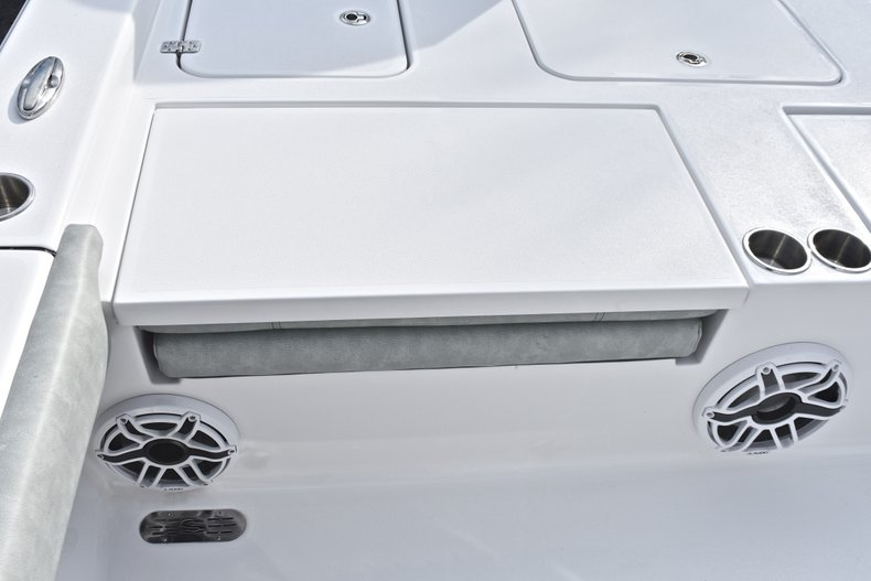 Thumbnail 14 for New 2019 Sportsman Masters 267 Bay Boat boat for sale in West Palm Beach, FL