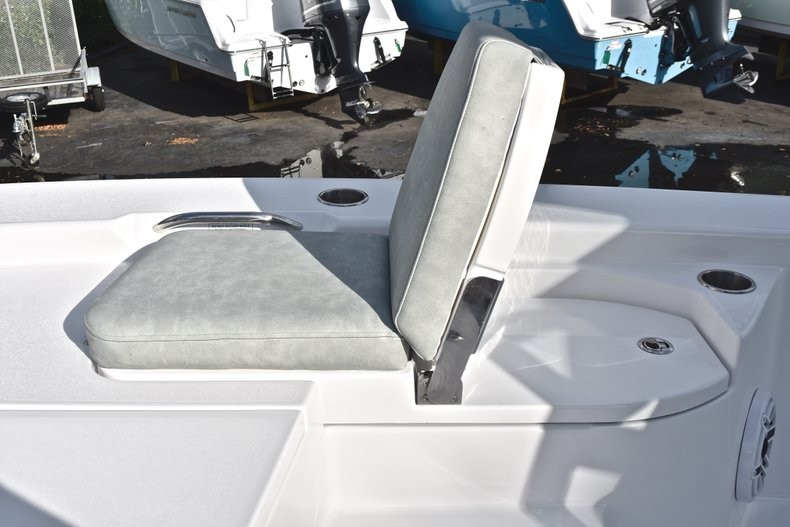 Thumbnail 74 for New 2019 Sportsman Masters 267 Bay Boat boat for sale in West Palm Beach, FL