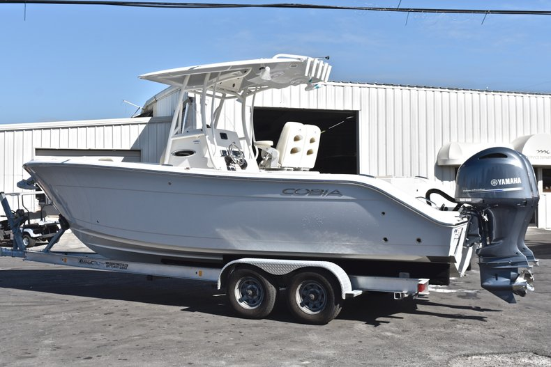 Thumbnail 3 for New 2019 Cobia 261 Center Console boat for sale in Miami, FL