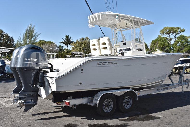 Thumbnail 1 for New 2019 Cobia 261 Center Console boat for sale in Miami, FL