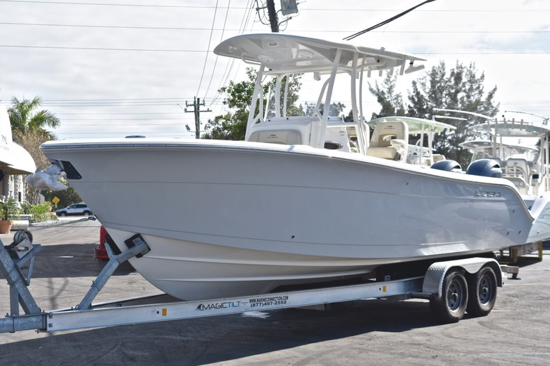 Thumbnail 5 for New 2019 Cobia 261 Center Console boat for sale in Miami, FL